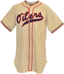 "LOT #173: 1940 Jerome ""Dizzy"" Dean Tulsa Oilers Game-Used Home Flannel Uniform"
